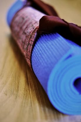 Hilarious Yoga Mat For Sale Ad On Craigslist Mindbodygreen