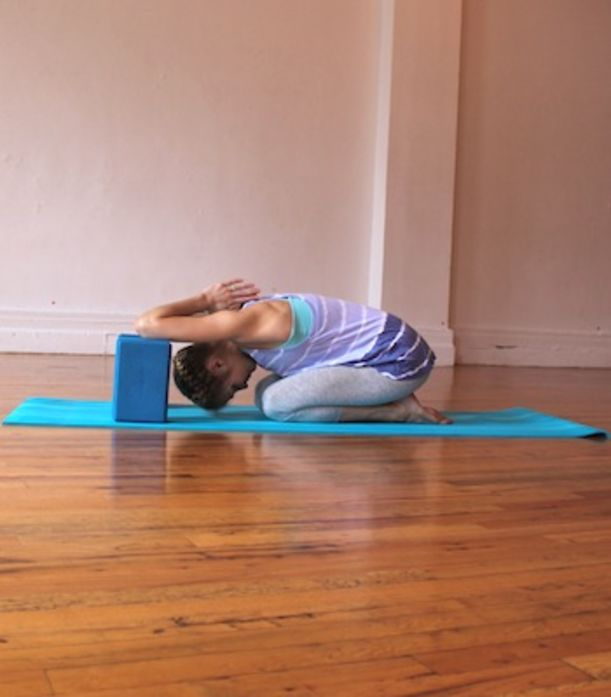8 Yoga Poses To Help Cervical Spine & Neck Issues ...
