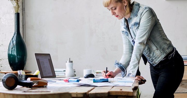 Feeling Workplace Burnout? 5 Ways to Increase Happiness While You Work