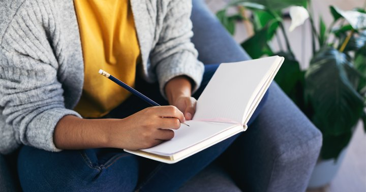 6 Collections That'll Add Some Major Pizzazz To Your Bullet Journal