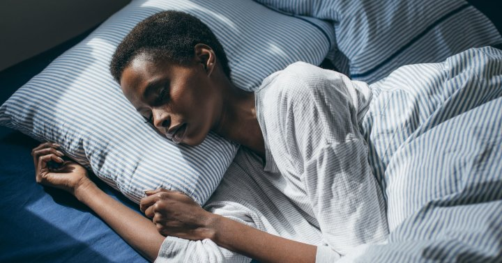 Having Trouble Sleeping? Can't Stay Asleep? These 10 MD-Approved Tips Are Actually Proven To Work