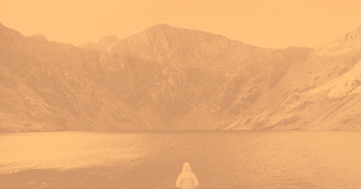 This Guided Meditation Will Help Boost Your Resilience & Your Energy