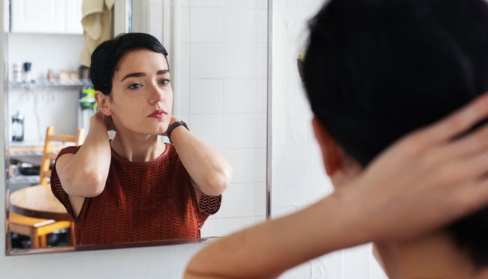 A Psychologist On Why You Need To Relate To Your Future Self & How To Do It