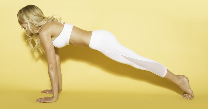 A 10-Minute Yoga Flow To Fire Up Your Metabolism Anytime, Anywhere
