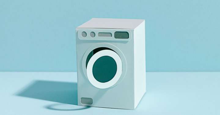 Using Essential Oils In The Dryer: Good Idea Or Recipe For Disaster?