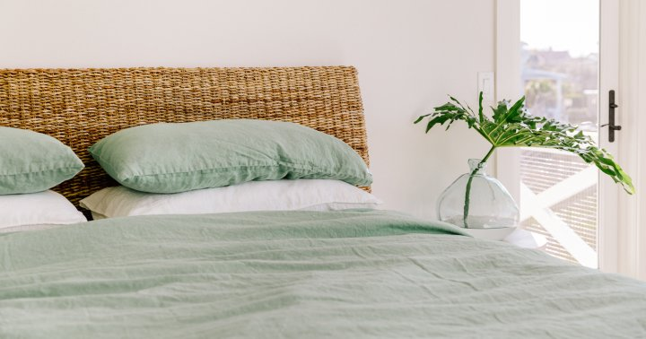 How To Deep-Clean Your Comforter, With Or Without A Laundry Machine