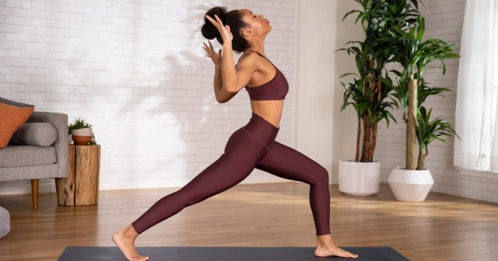 This 12-Minute Yoga Flow Is Exactly What Your Achey Back Is Craving