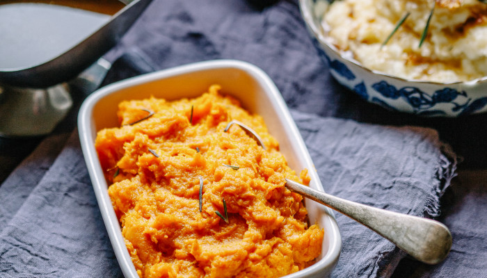 These Vegan Smashed Sweet Potatoes Will Win Your Next Potluck