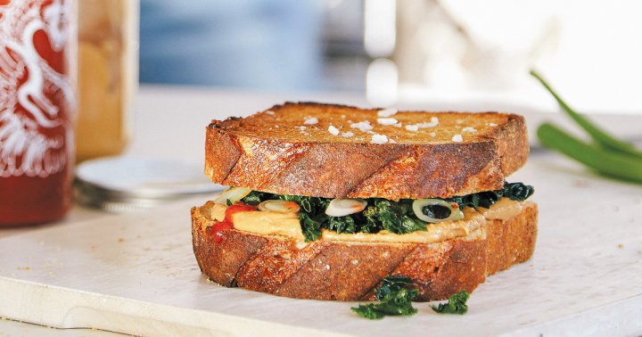 Peanut Butter & Greens Sandwich: Yes, It's A Thing & It's Deliciously Simple
