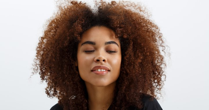 Dry & Damaged Hair? Give These 8 At-Home, All-Natural Remedies A Try