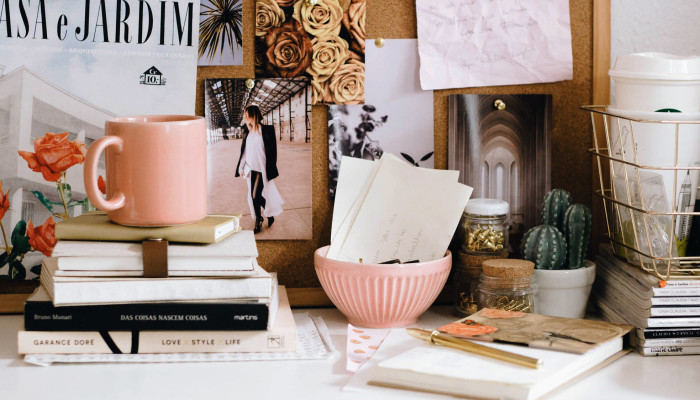 Here's What People Think Of You When They See Your Messy Desk