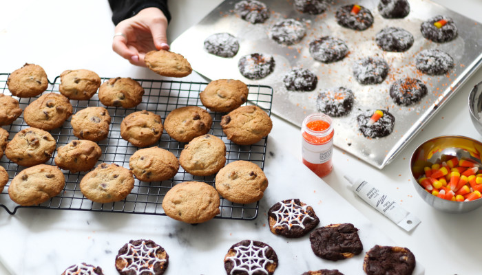 7 Ways To Enjoy Halloween Treats & Not Throw Your Blood Sugar Out Of Whack