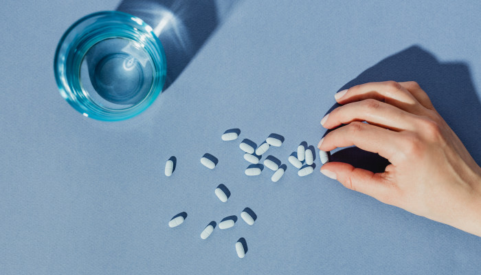 6 Science-Backed Benefits Of Probiotics & Who Should Take Them