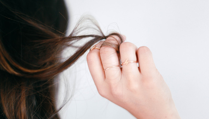 Thick Hair Found To Break More Easily Than Thin Hair In New Study