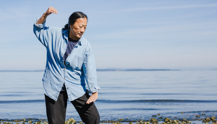 This Easy Exercise Benefits People With Dementia, Study Finds