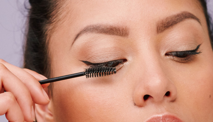 Is It Healthy To Wear Mascara Daily? We Dove Into The Question