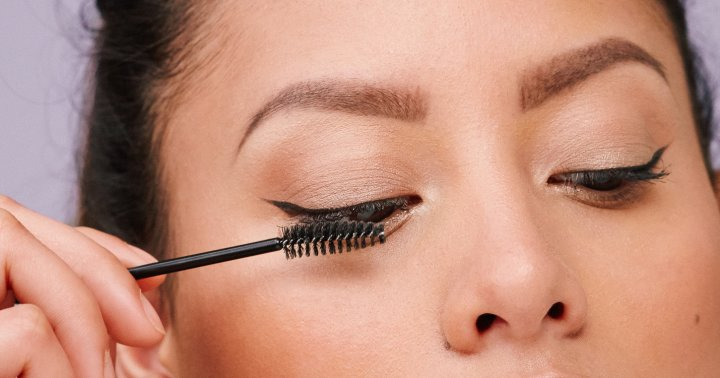 Lashes Wilt As You Get Older: 5 Ways To Save Them From Their Impending Droop