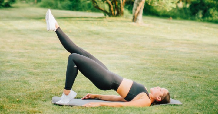 A 5-Move Workout You Can Do At Home To Strengthen Your Inner Thighs