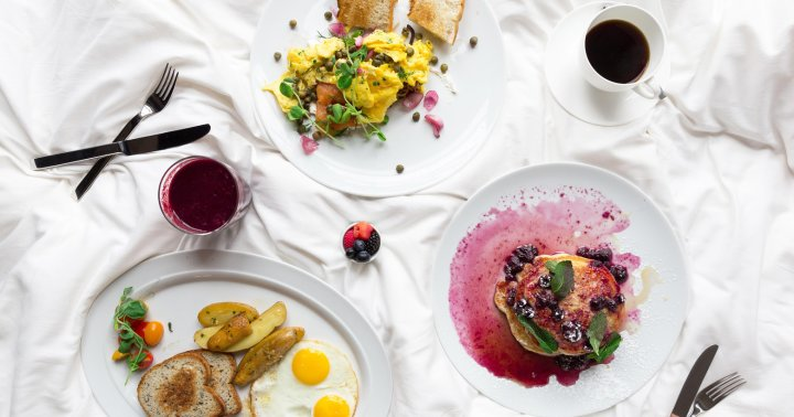 Will A Big Breakfast Boost Your Metabolism? Scientists Dig In (Again)