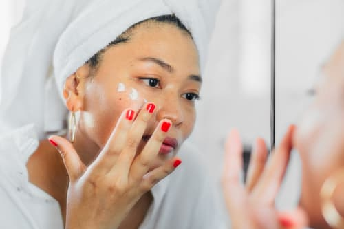 24 Things People With Beautiful, Clear Skin Do Every Day