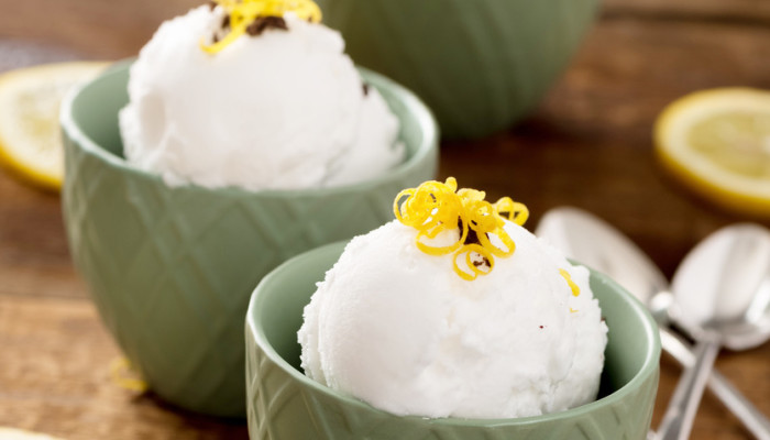 A 5-Ingredient Coconut Ice Cream That's Refined-Sugar-Free
