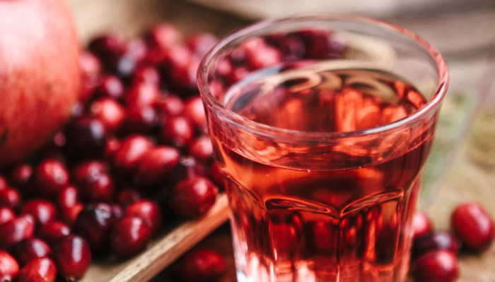 Does cranberry juice for a uti work how to treat a uti naturally does cranberry juice for a uti work how to treat a uti naturally mindbodygreen ccuart Choice Image