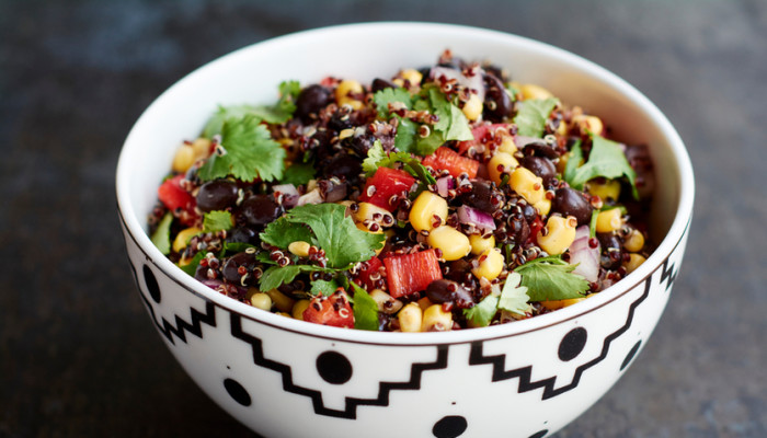 3 Nutritionist-Approved Meatless Meals With 7 Ingredients Or Less