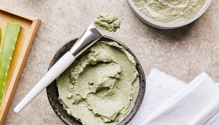 5 Aloe Vera Face Masks For Hydrated, Glowing Skin