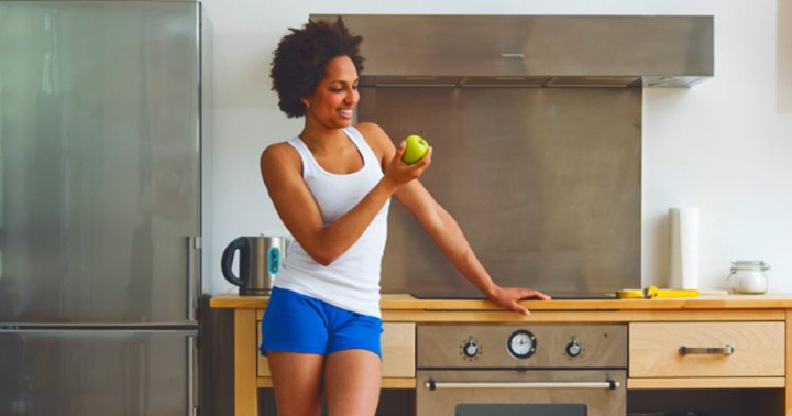 A 2 minute workout you can do at your kitchen counter for Kitchen counter sex