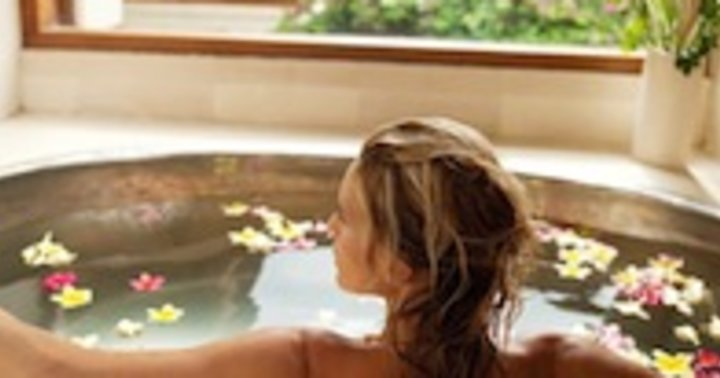 Why You Should Take A Salt Bath This Week Mindbodygreen