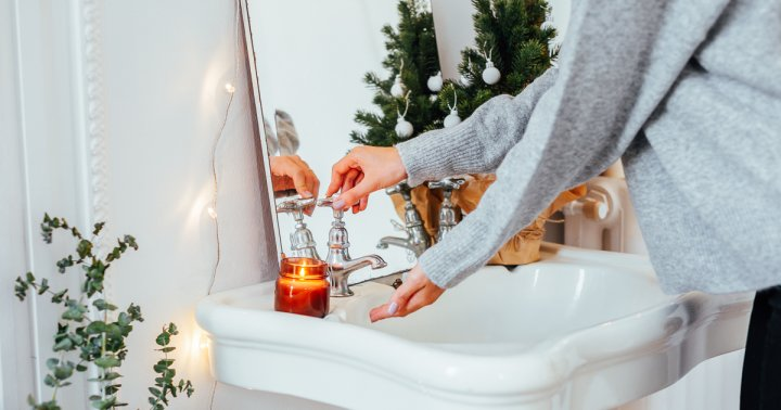 Why You Should Wash Your Hands In Cool Water During Winter