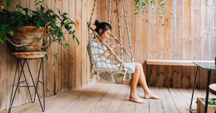 Empaths, Listen Up: 7 Ways To Make Your Home Feel Calm Amid The Chaos