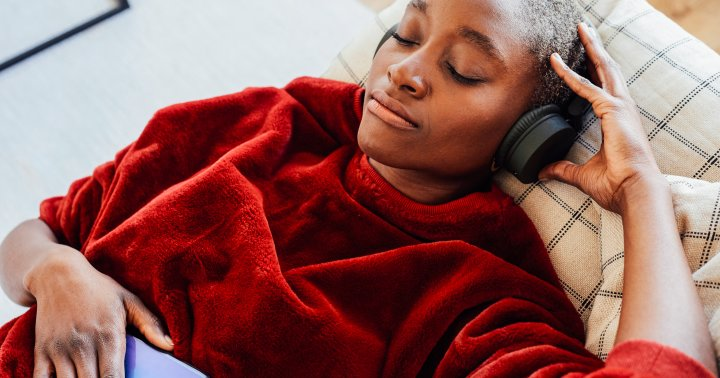 Can't Focus? Researchers Find What Distracts Us Most & We're All Ears