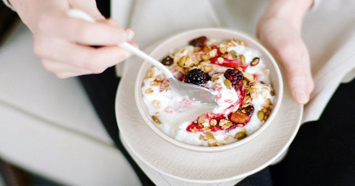 How To Eat For Your Gut Type, According To A Functional Nutrition Specialist