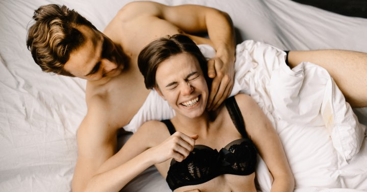 28 Kinky Sex Games For Couples Looking To Get More Playful In The Bedroom