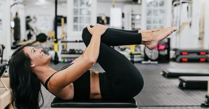 How To Get Your Abdominals Burning With Core Toe Taps