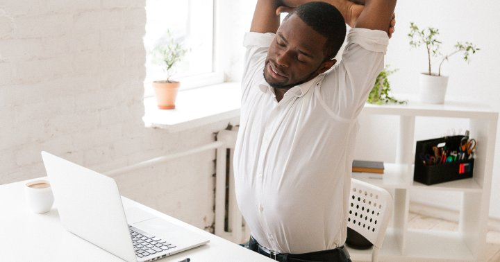 14 Stretches To Counteract The Effects Of Sitting, From A Physical Therapist