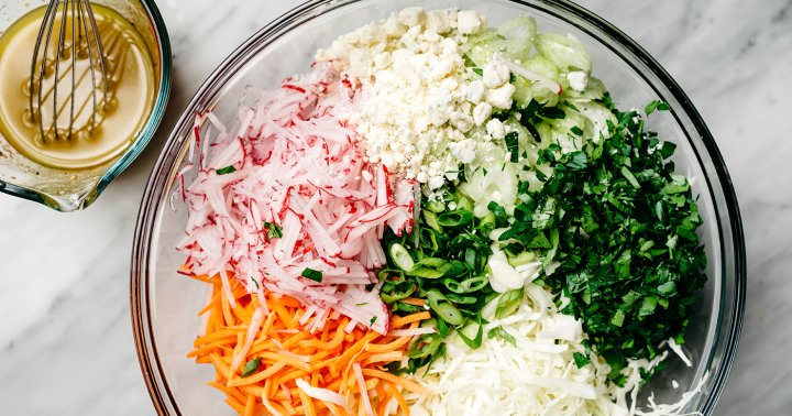 9 Easy Slaw Recipes That'll Be The Star Of Any Weekend Barbecue