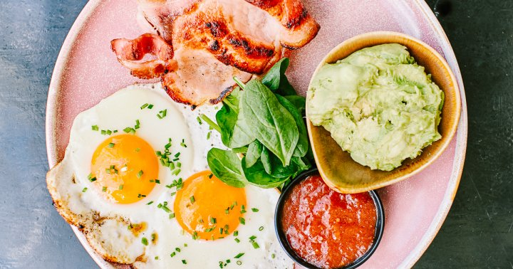 """This """"Lazy"""" Version Of Keto May Be Easier—But Does It Have Any Perks?"""