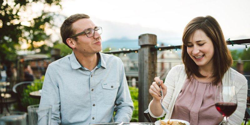 Dating a la carte
