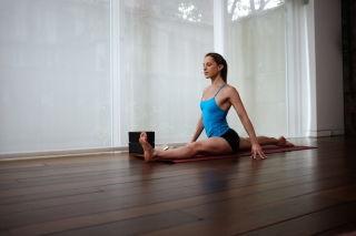 10 yoga poses for long sexy legs  mindbodygreen