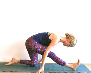 10minute yoga sequence to feel refreshed  mindbodygreen