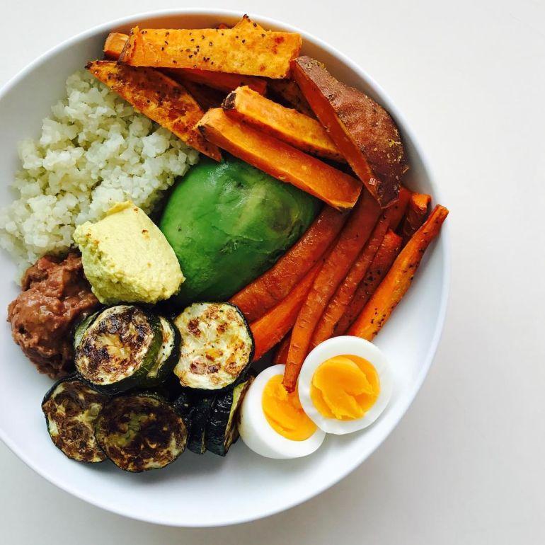 the best healthy food accounts on instagram - mindbodygreen