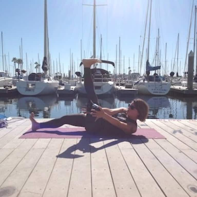 A 15 Minute Yoga Sequence To Warm Up For Sup Amp Surfing
