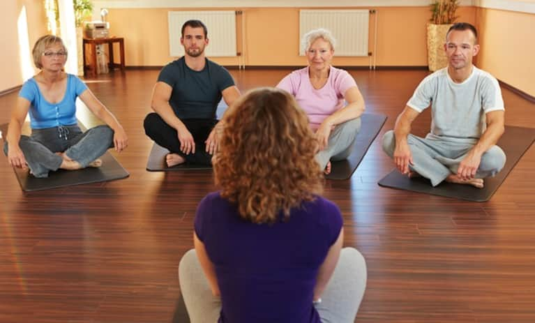 Feng Shui Guide For Beginners 10 Essentials For A Healthy Body And Mind: 8 Tips For Teaching Corporate Yoga