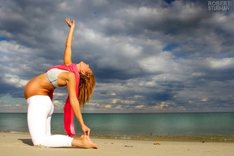 Who Says You Can T Practice Yoga Pregnant Amazing