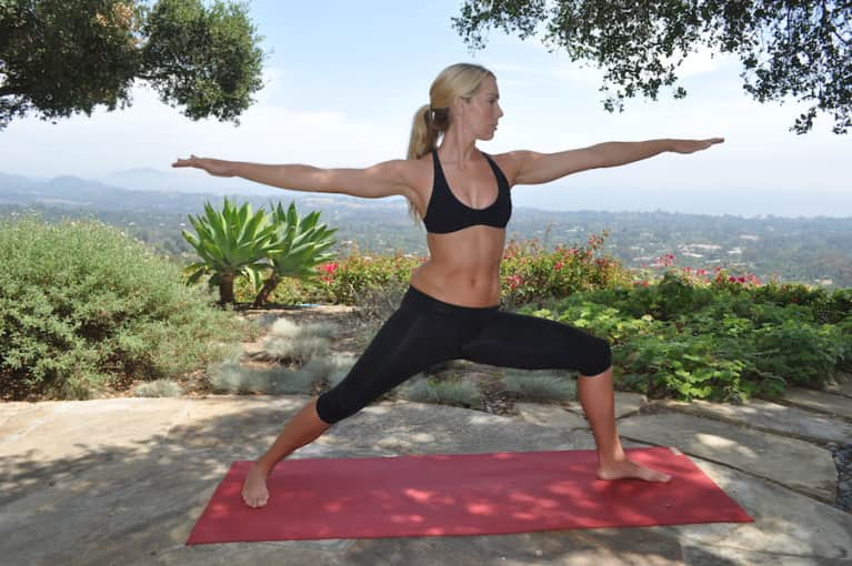 5 Basic Yoga Poses To Make You Feel Fantastic In 15 Minutes