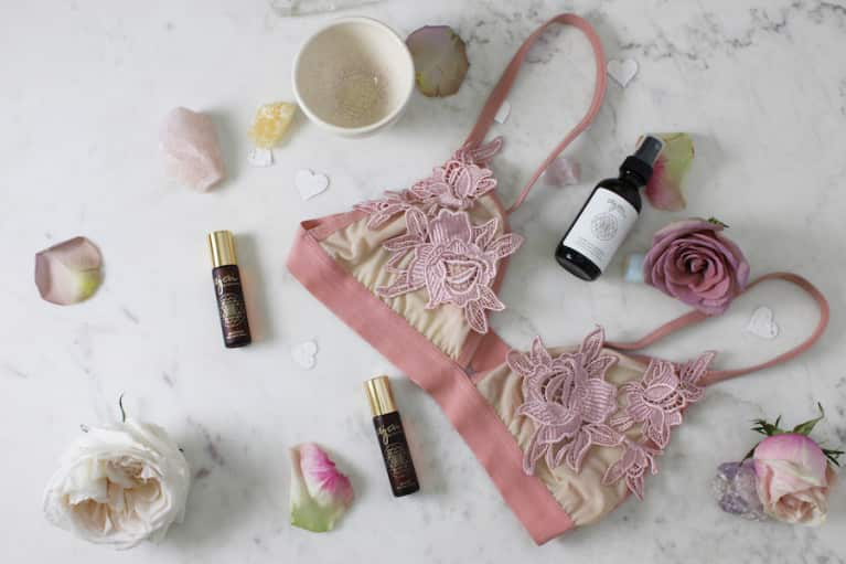 Alluring Aphrodisiac Rituals To Awaken Your Inner Goddess