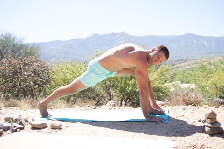 How Combining Yoga & HIIT Makes You Stronger, Stat