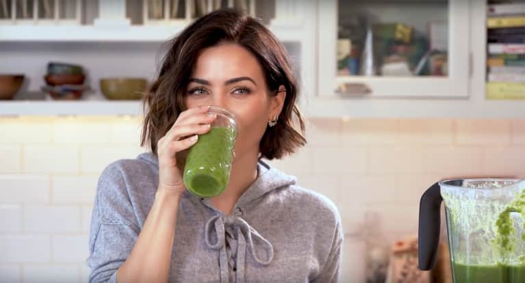 The Surprising Superfood Actress Jenna Dewan Tatum Adds To Her Smoothies For Energy & Glowing Skin